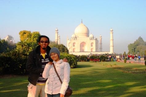 Bawa jabang bayi ke Taj Mahal