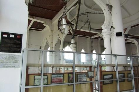 Bagian dalam Masjid Lampuuk