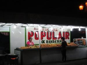 stand penjual galundeng dan cakwe