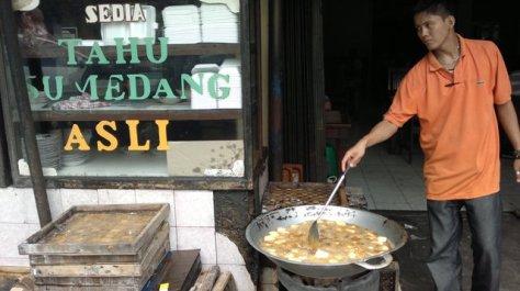 Tahu sumedang, hidangan pembuka yang nikmat di Pondok Sate Djono Jogya Pejompongan