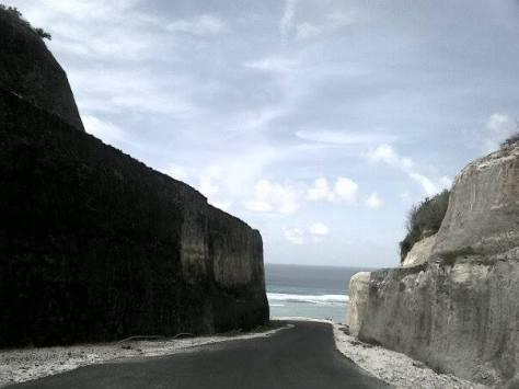 Pantai Pandawa, primadona baru di Bali