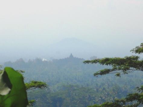 Siluet Borobudur dari Punthuk Setumbu