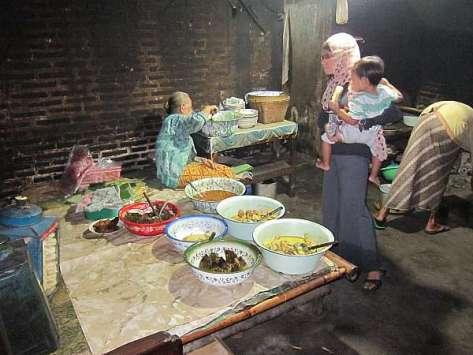 Pawon Mangut Lele Mbah Marto Nggeneng, benar-benar khas dapur ndeso yang klasik