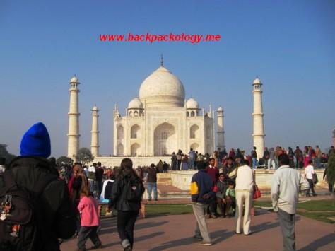 Taj Mahal di kota Agra, peninggalan Raja Shahjahan sebagai persembahan untuk almarhum istri tercintanya
