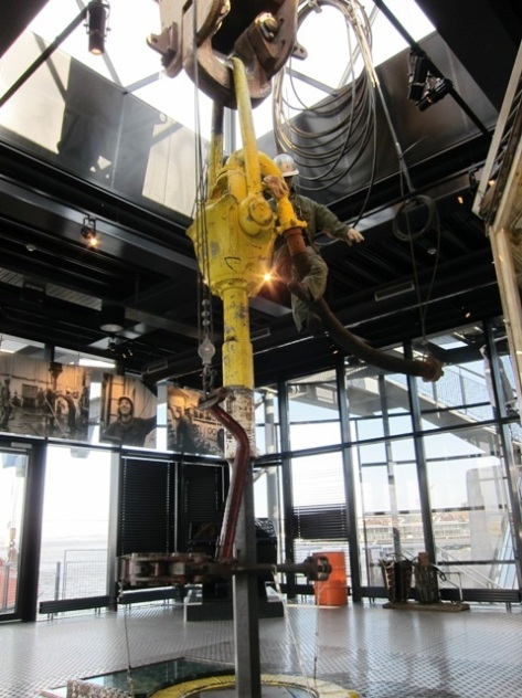 Alat utama pengeboran minyak dan gas bumi di Norwegian Petroleum Museum