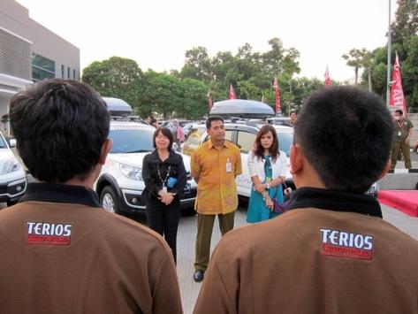 Ibu Amelia Tjandra selaku Direktur Marketing PT Astra Daihatsu Motor menjelaskan tema yang diangkat dalam petualangan Terios tahun ini