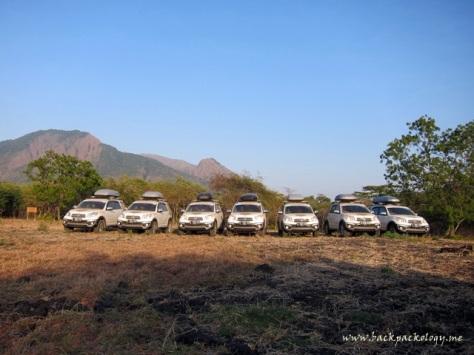 Tujuh Terios 7 Wonders berpose lagi di savana Africa van Java