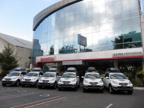 Cek kondisi mobil seperti yang dilakukan dalam Ekspedisi Terios 7 Wonders di dealer resmi Astra Daihatsu Motor