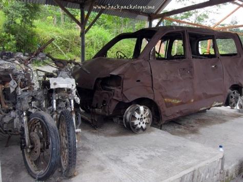 Mobil yang hendak menjemput Mbah Maridjan hangus terbakar terkena wedhus gembel, kini menjadi saksi bisa kedahsyatan erupsi Merapi di Desa Kinahrejo