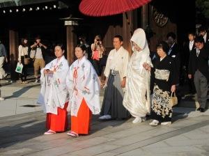 Salah satu acara pernikahan di Kuil Meiji