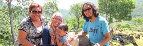Jarik suwek di puncak Gunung Padang