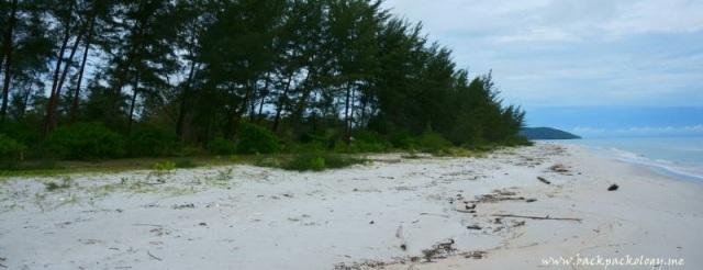 Pantai Tambak Belitung Timur