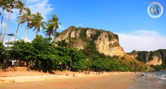 Pantai Ao Nang menjelang sore