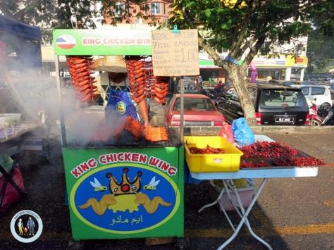 Chicken Wing yang murah meriah, selalu jadi buruan utama di Pasar Ramadhan Setiawangsa