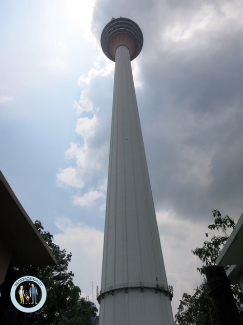 Menara KL alias KL tower dari bawah