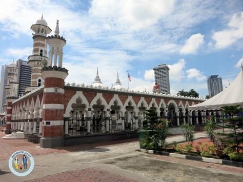 Masjid Jamek, masjid tua berarsitektur klasik nan cantik