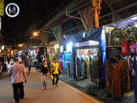 Jalan Masjid India, pusat belanja tekstil kaki lima yang murah meriah