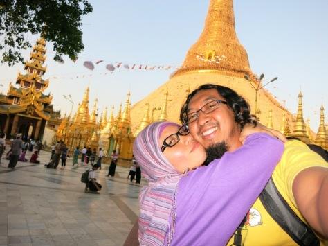Shwedagong, Yangon, Myanmar
