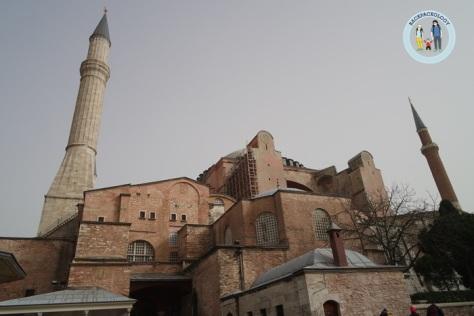 Hagia Sophia dari luar