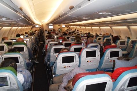 Ibu hamil naik pesawat aman