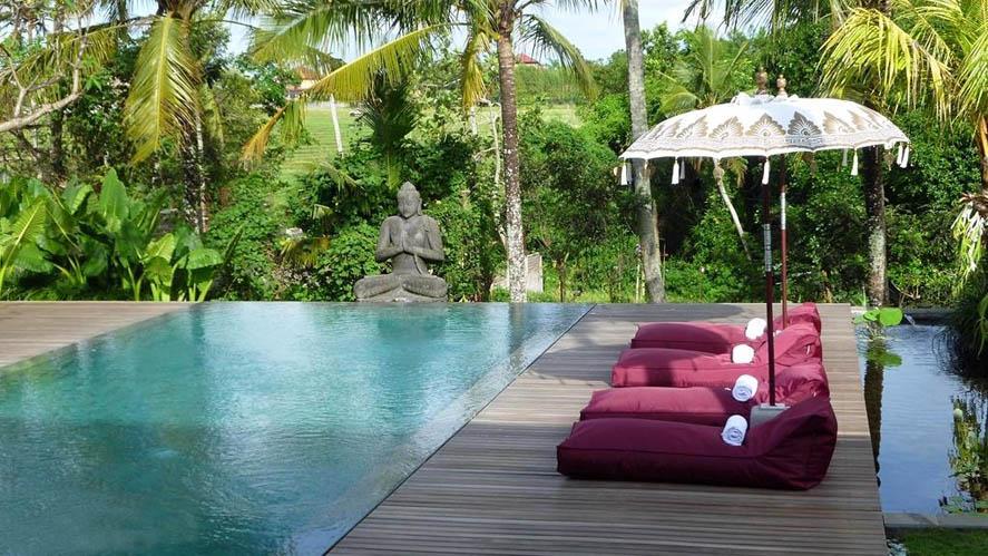 Nyamannya Menginap Di Villa Bali