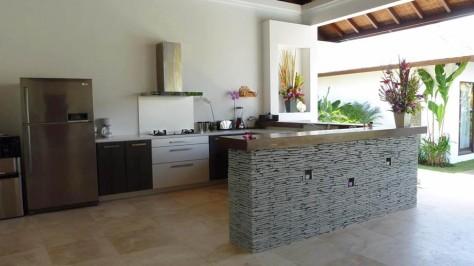 Dapur dan dining room terbuka