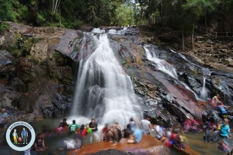 Foto air terjun di Johor, memanfaatkan smart mode waterfall di Samsung NX Mini, dengan bantuan mini tripod
