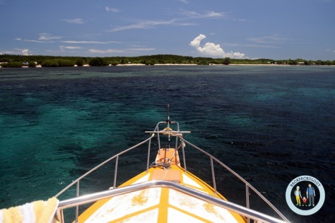 Wisata bahari ke Pulau Nusa Penida dan Nusa Lembongan bisa menjadi alternatif kalau Anda memiliki budget lebih