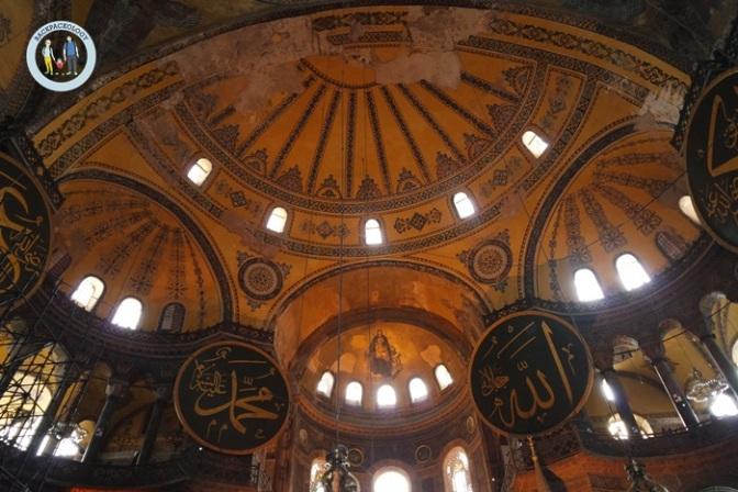 Mari Menjadi Hagia Sophia