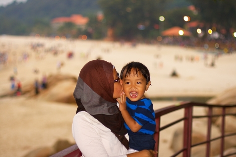 Seorang ibu yang (lumayan) bahagia wekeke
