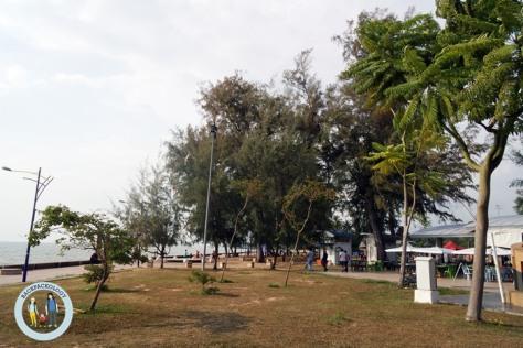 Pantai Morib yang tertata rapi, terletak tak jauh dari Bandar Banting