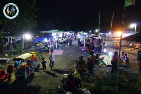 Pasar malam menyambut hari jadi desa Condong Catur, tetap meriah di tengah gempuran mall di yogyakarta