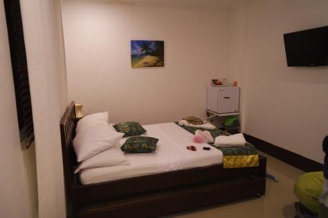 Kamar minimalis tapi bersih