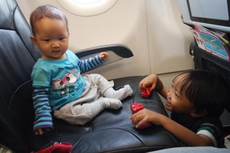 Becanda di pesawat