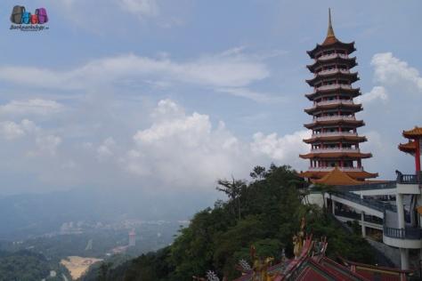 Chin Swee Temple letaknya sangat scenic