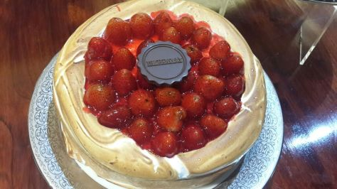 Strawberry Cheesecake ini enak dan lumer di mulut